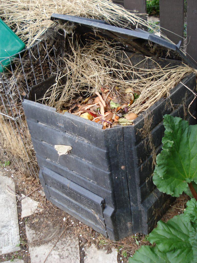 Compost Bin - Kendra Wiberg